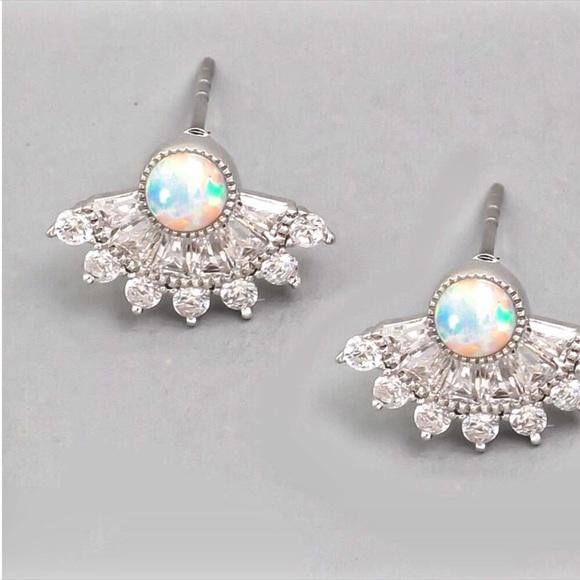 Jewelry - NEW! Iridescent Stud Cubic Zirconia Fan Earrings